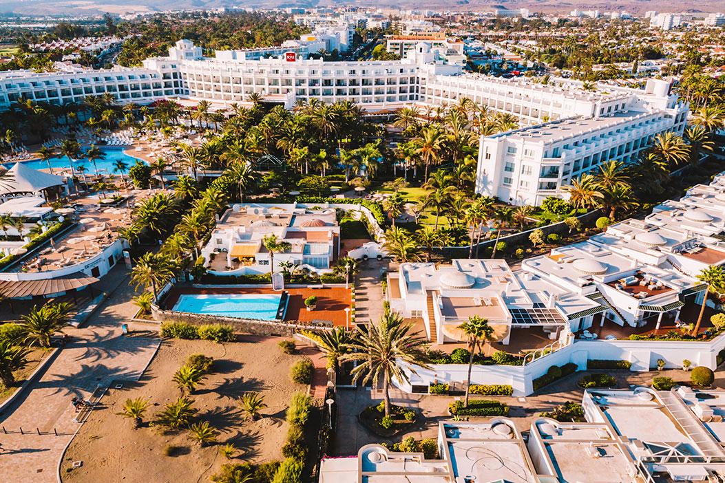 all inclusive hotel met zwembad